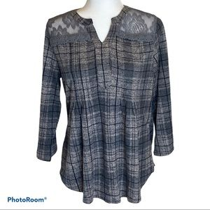 NWT Women's Cocomo dressbarn plaid top with lace